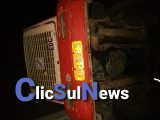 (BPRV)   Tombamento na PR 151 deixa condutor ferido