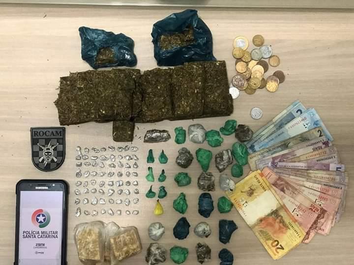 Duas pessoas são detidas por tráfico de drogas em Três Barras