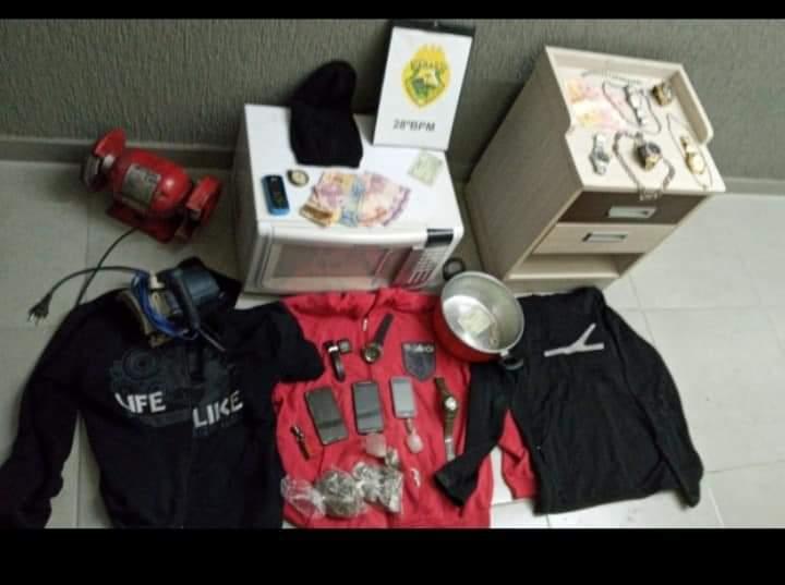 Operação conjunta PM/PC prende autores de vários roubos na Lapa.