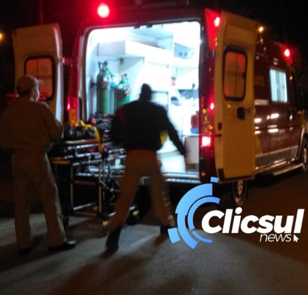 Veículo atropela rapaz na Vila Amaral e foge sem prestar socorro
