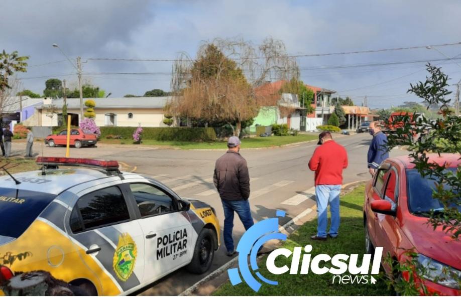 PM e Bombeiros atendem acidente de trânsito na Vila Amaral