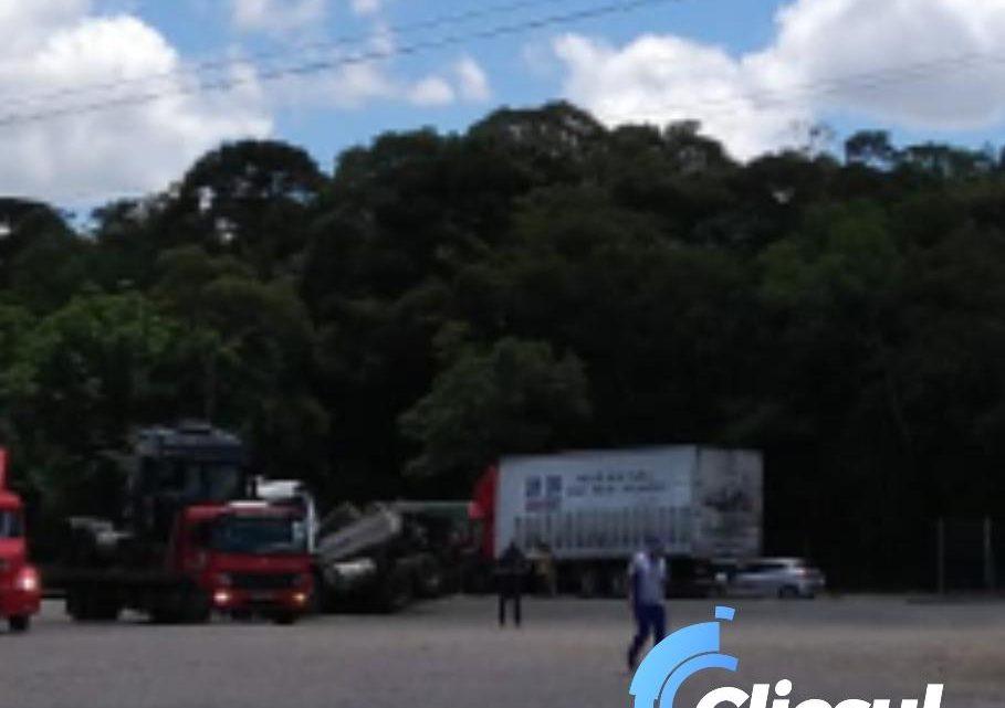 Grave acidente na BR 476 é atendido pelo Corpo de Bombeiros de São Mateus do Sul
