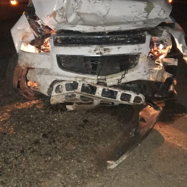 Motorista abandona  veículo após invadir igreja em São Mateus do Sul