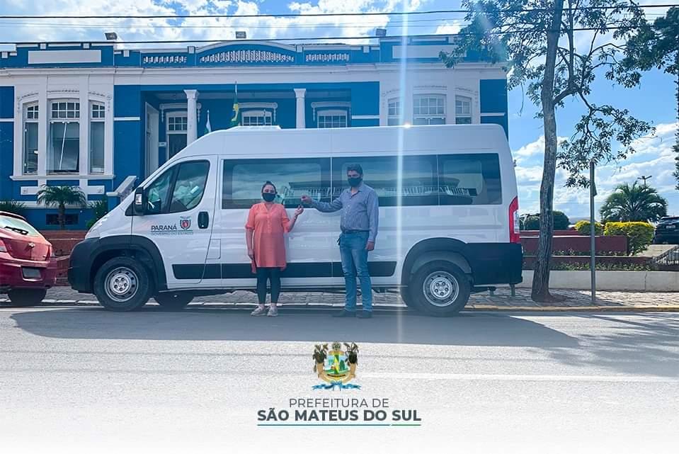 Prefeitura de São Mateus do Sul recebe 5 veículos novos