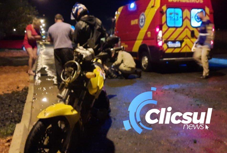 Outra vez cachorro solto derruba motoboy em São Mateus do Sul