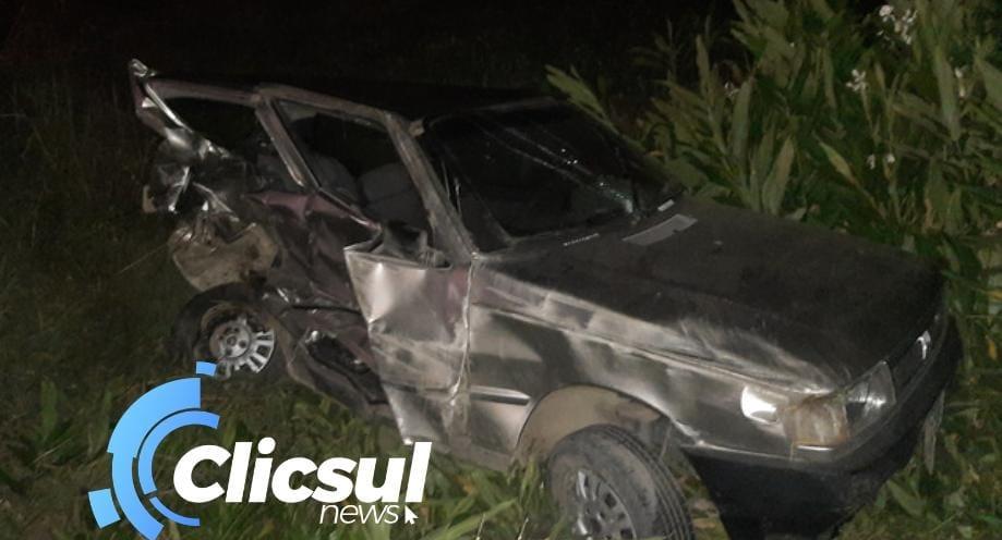 Bombeiros atendem acidente envolvendo dois veículos na BR 476 em São Mateus do Sul