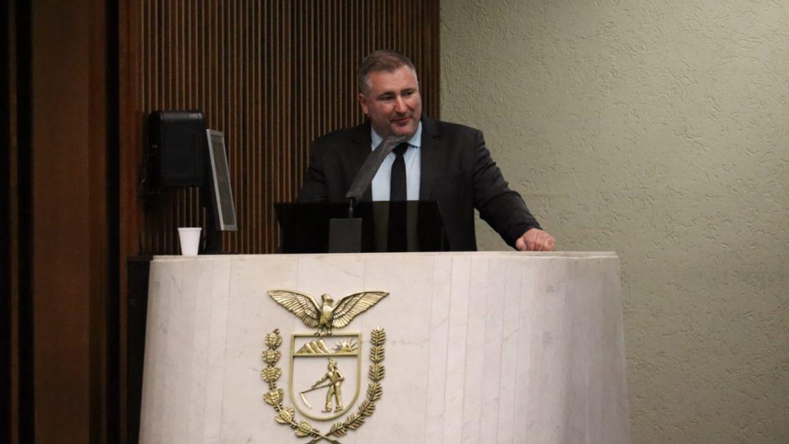Relator do auxílio emergencial, deputado Emerson Bacil defende a aprovação do projeto