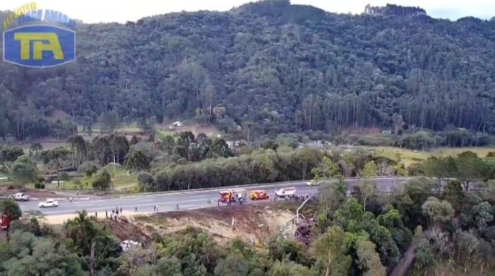 Casal morre em gravíssimo acidente na Serra do Leão em União da Vitória