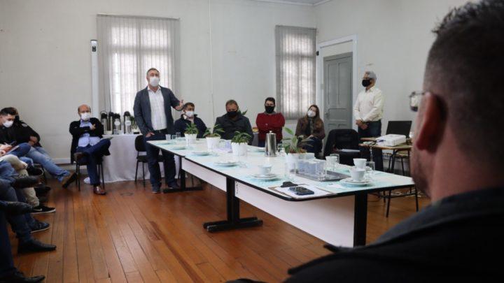 Deputado Emerson Bacil participa de reunião com prefeitos da Amsulpar