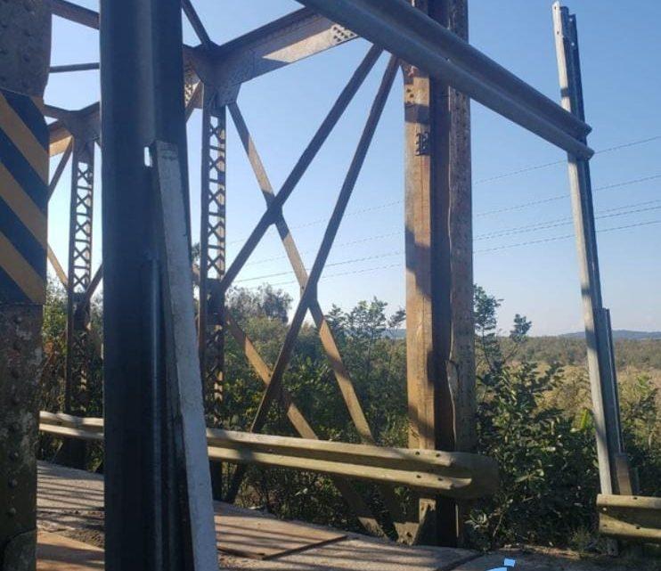 Ponte de Ferro da PR 427 é liberada para veículos leves