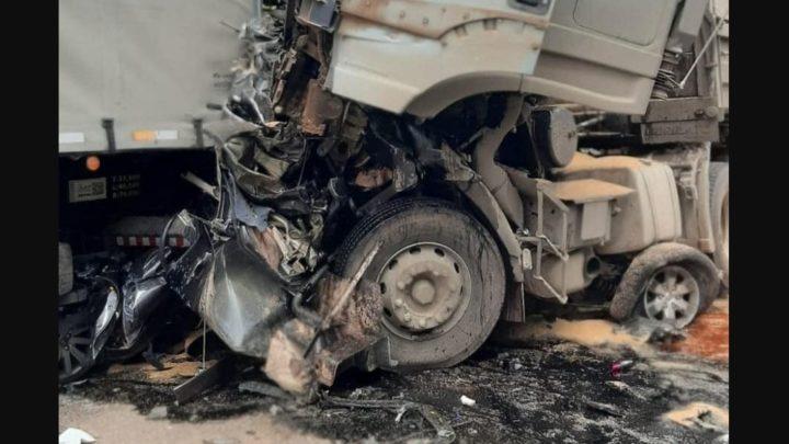 Gravíssimos acidente na rodovia do Xisto, entre Araucária e Contenda